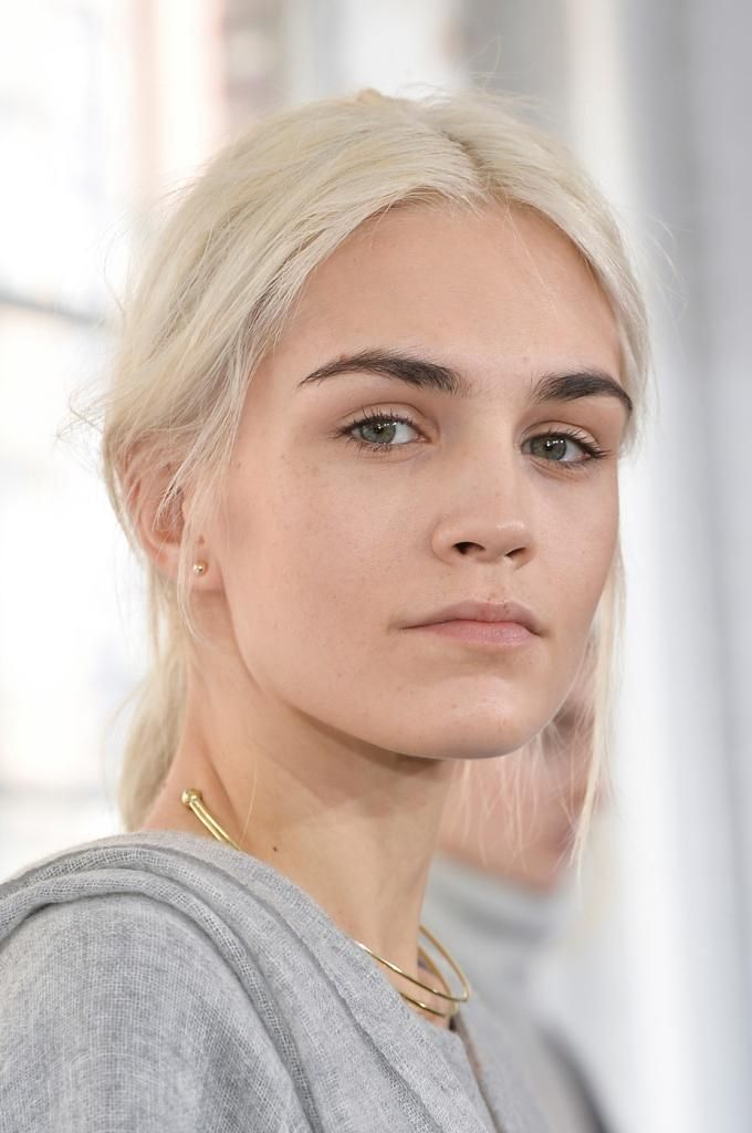 27 Beauties With Bold Brows #beauty #eyebrows