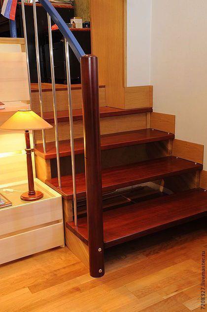 Производство лестниц и мебели- основное направление моей деятельности.rnrn     Геометрия проема и пространства для лестницы каждый раз индивидуальны, поэтому конструкции лестниц непохожи  друг на