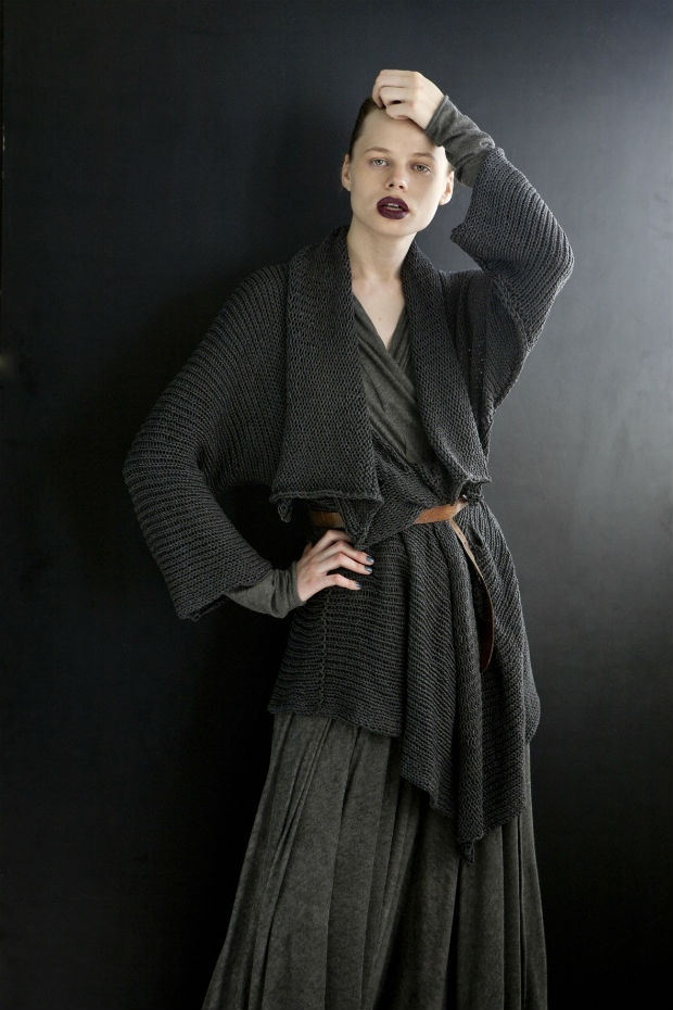 Fashion- Not just for The Skinny Wench | Dreed * Tea. I love long complicated sweaters..........