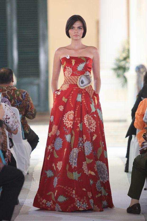 Batik dress by  Didi Budiardjo #batik #dress