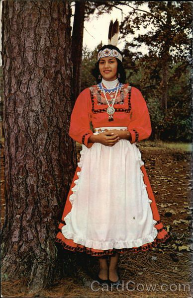 Philadelphia MS Indian Princess of the Choctaw Nation Dina Jean Farmer elected as Princess for the year 1960.