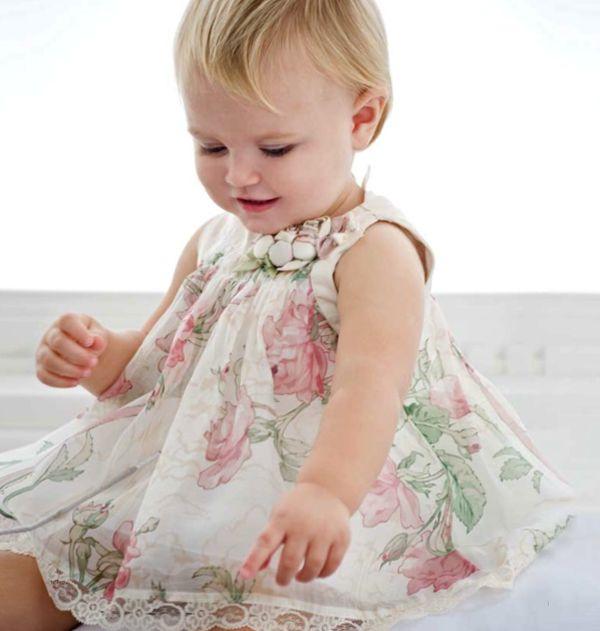 Vestido de bebê menina moda estilo romântico florido (Vestidos: Monnalisa)