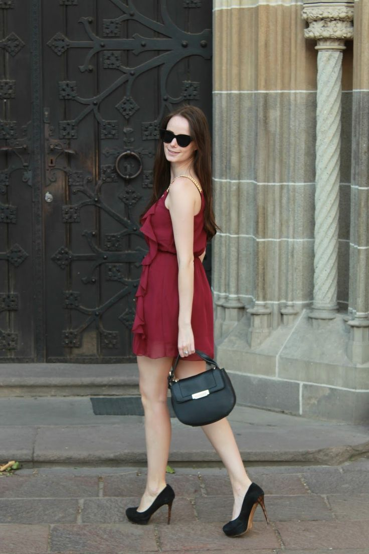 Stiletto in the Cloud: Burgundy Summer Dress