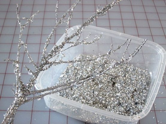 Making glitter branches-pretty and cheap holiday decor