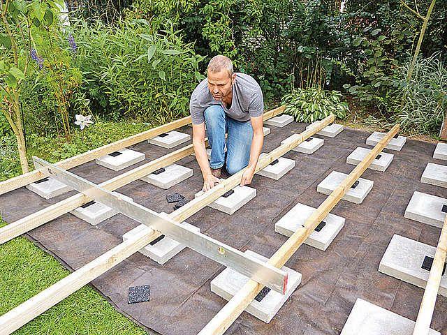 Niveau Mit Granulatpads Ausgleichen Selber Bauen Garten Holzterrasse Selber Bauen Holz Terrasse Bauen