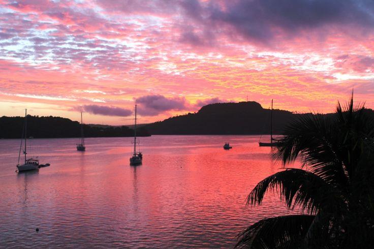 #Sunset depuis notre balcon à Neiafu, #Tonga