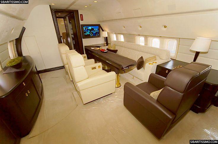 El Boeing Business Jet 2 forma parte de los jets privados más caros del mundo. ¿Quieres conocerlo?        #jets #aviones #boeing #lujo #viajes