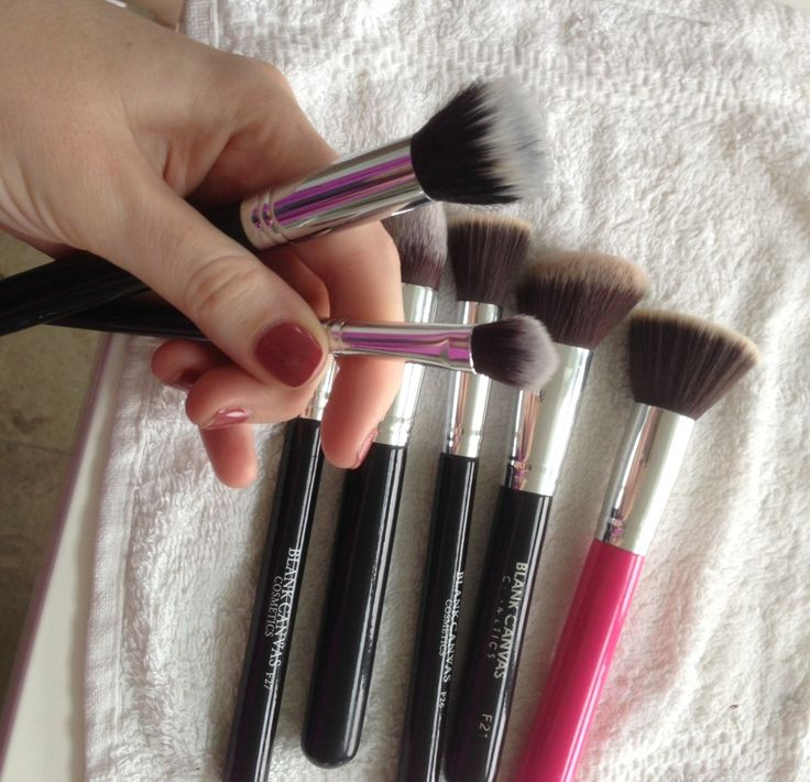 How To Wash Your Make Up Brushes!