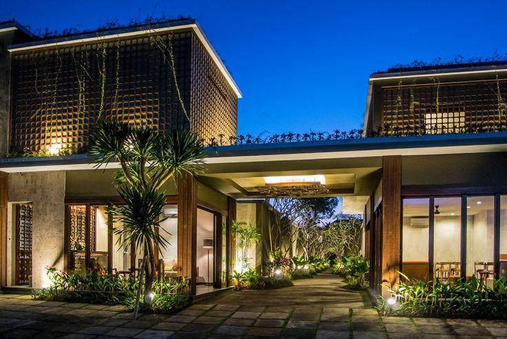 Main building image of 16 unit beautiful compound villa at Seminyak Bali. Design by Me/_Dodi Nug