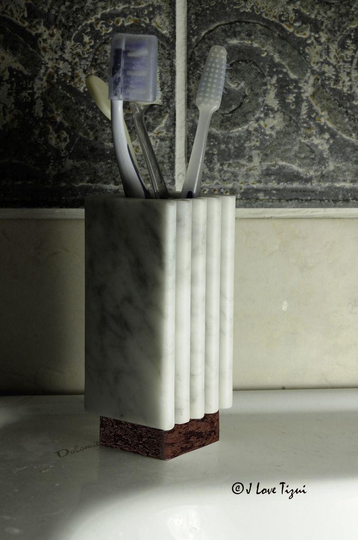 "Toothbrush holder ""Bernini"" in white Carrara marble. Modern Toothbrush holder from refined design. Toothbrush holder with base red Verona, Green Alps or White Carrara marble."