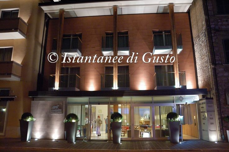 """Dal Moro in the night"". Photo by: ""Instantanee di Gusto"" Guest: Pellino Vincenzo  #Assisi #Restaurant #Design"