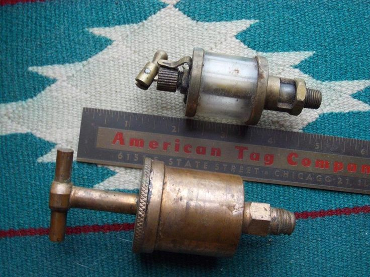 Vintage ESSEX BRASS CORP. Oiler & Grease Cup Hit & Miss Gas Engine