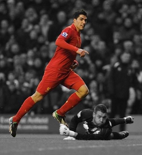 Luis Suarez scoring against Norwich City...again!