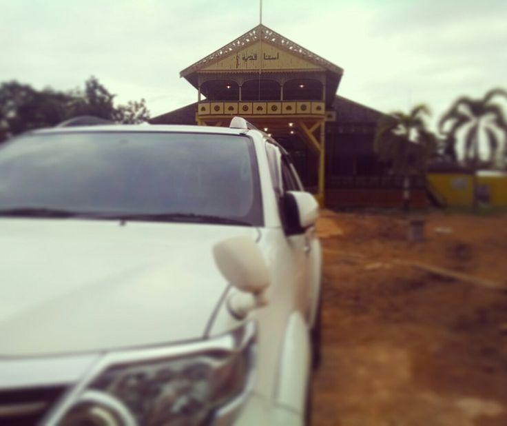 Istana Kadriah #KadriahPalace #KesultananPontianak #Pontianak #HistoricalPlace #ToyotaFortuner  www.vicicar.com