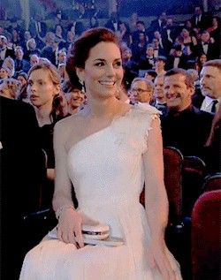 The Duchess of Cambridge g l o w i n gat tonight's BAFTAs Award