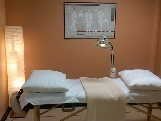 50 best treatment room ideas images on pinterest ada for The family room acupuncture