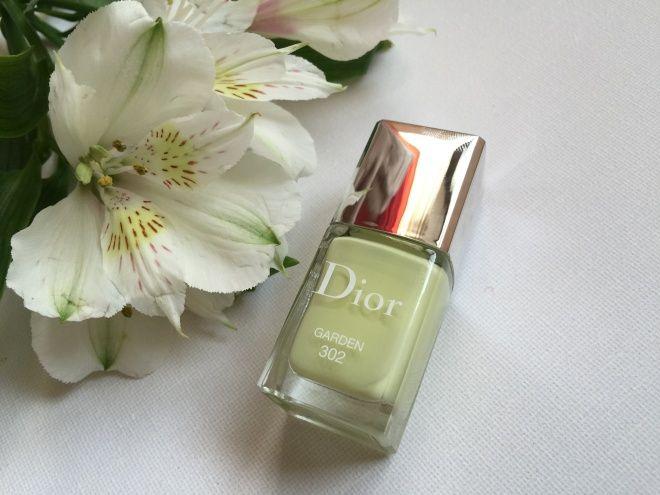 Dior Glowing Gardens Spring 2016 Makeup Collection - Dior Vernis # 302 Garden. Лак, светящийся изнутри — Отзывы о косметике — Косметиста