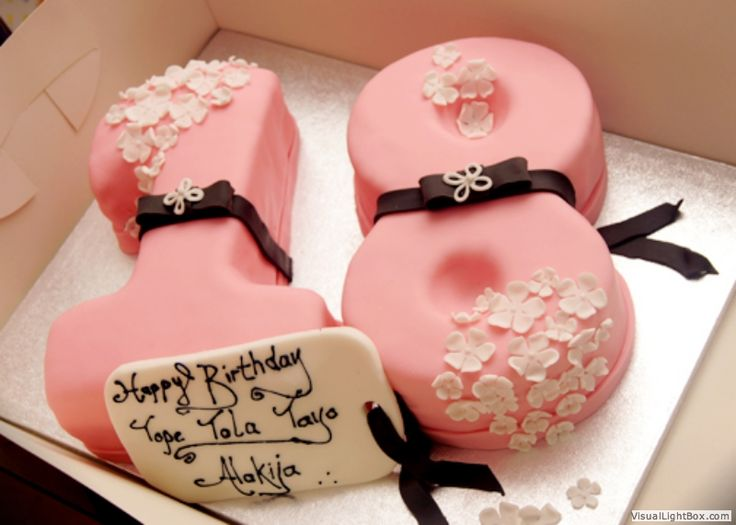 Cake Designs For 18th Birthday Girl : Best 25+ 18th birthday cake ideas on Pinterest Pink and ...