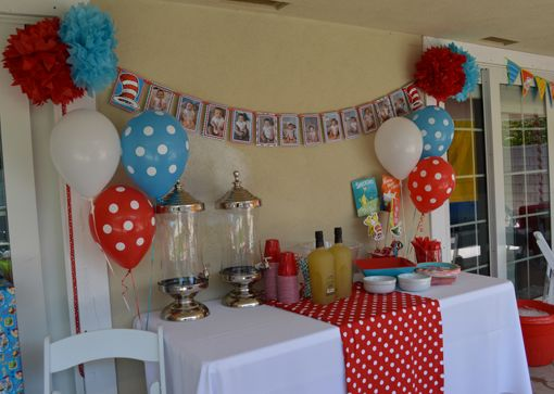 17 best ideas about first birthday centerpieces on for Baby full month decoration ideas