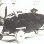 Nella prima metà del XX secolo a Parigi era possibile imbattersi in curiose automobili ad elica