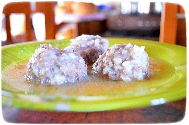 Σούπα με μπαλάκια από κιμά (Γιουβαρλάκια)