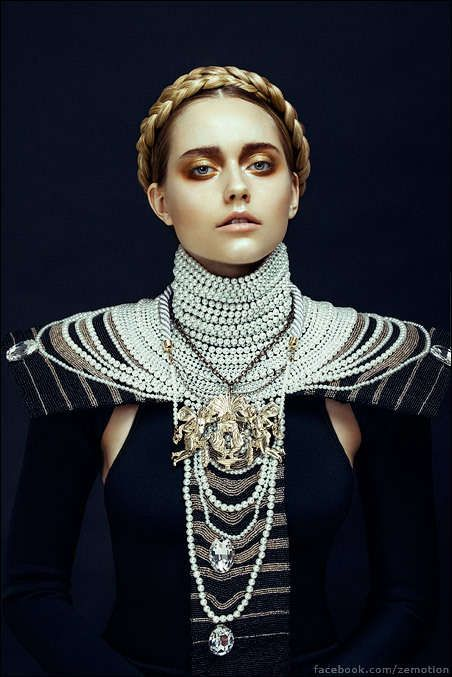 Chunky Medieval Fashion - Harper's Bazaar Vietnam 'Nu Renaissance Aristocracy' is Fit for Royalty (GALLERY)