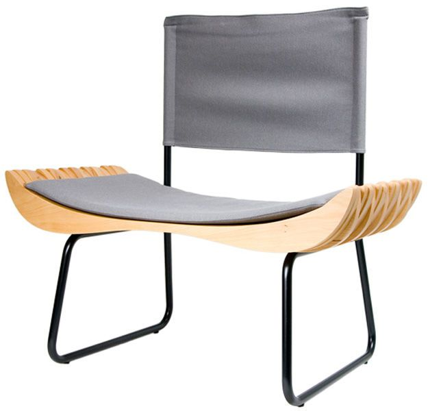 Designerskie krzesło ORGANIQUE III     Nowoczesne krzesło wykonane z rzeźbionego na oryginalny kształt drewna bukowego. Najwyższy poziom nowoczesnego designu, nada charakteru i stylu w każdym wnętrzu.