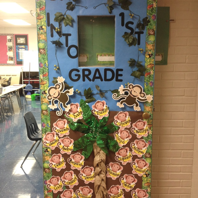 Easy Door Decorating Ideas: I Loved Decorating My Moms Door For Her Jungle Theme. It