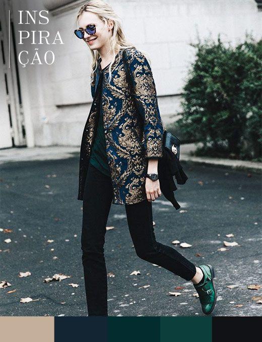Como atualizar o pretinho básico em alguns passos. Primeiro invista em um casaco diferente, chique e retrô, com bordados. E, para criar um efeito hi-lo, nada como óculos com lente azul e sapato masculino colorido.
