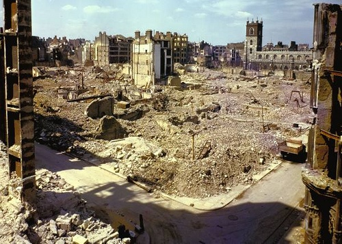 1940 London at War - The Blitz    1940 Scene of London after heavy German air raid bombing attacks during the Battle of Britain.