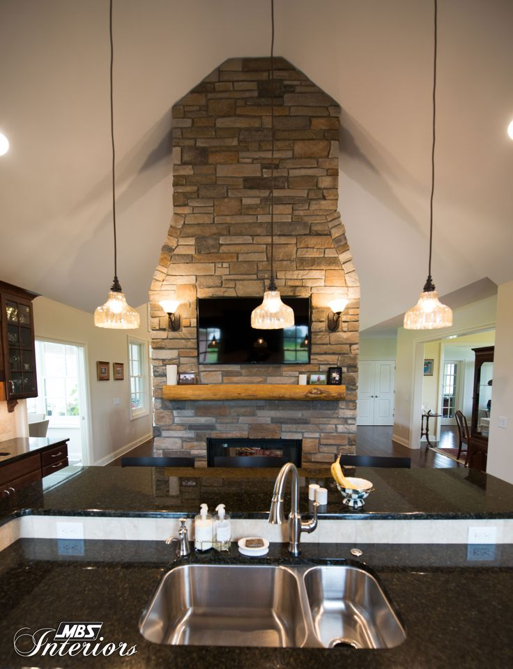 In Toledo Ohio A Home With Soaring Ceilings Gets Gourmet Kitchen Design To