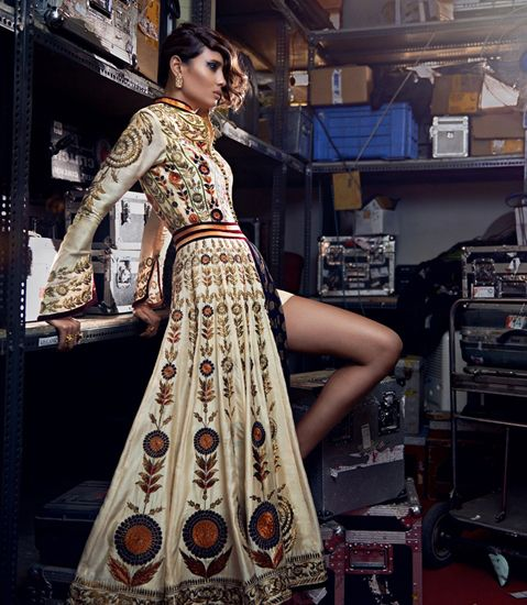 Chanderi Kalidaar the most commercial ensemble of the Diva'ni Spring Summer collection. Source: #Vogue India #design #runaway #fashion www.chimoraprint.com