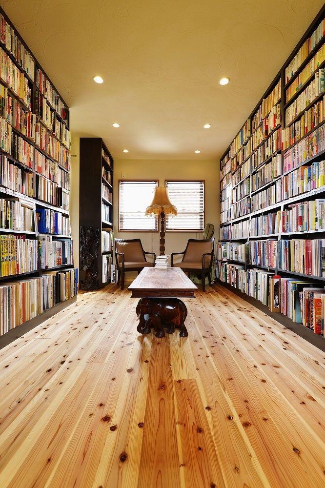 書斎事例:「図書室」としての空間(暮らしが活きる 大人の古民家風リノベ―ション) もっと見る
