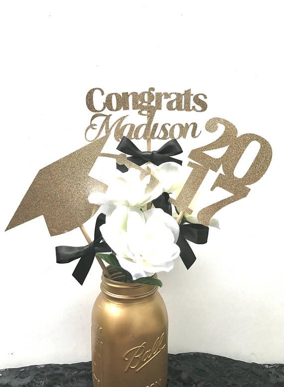** Vase and flowers NOT included** Congrats Grad This personalized graduation centerpiece is perfect for your graduates party! You can make a selection for your Glitter cardstock paper and select your ribbon color! Please leave me your graduates name in the notes section while checking out! If you would like a different color combination feel free to message me! ** Vase and flowers NOT included**