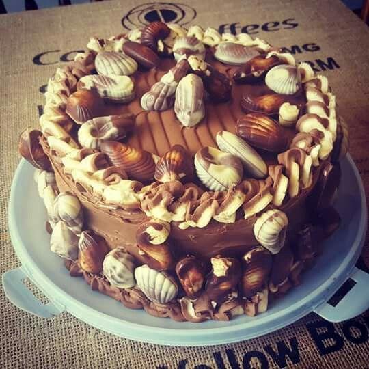 #guylian #chocolate #belgiun #cake #foodporn #seashells