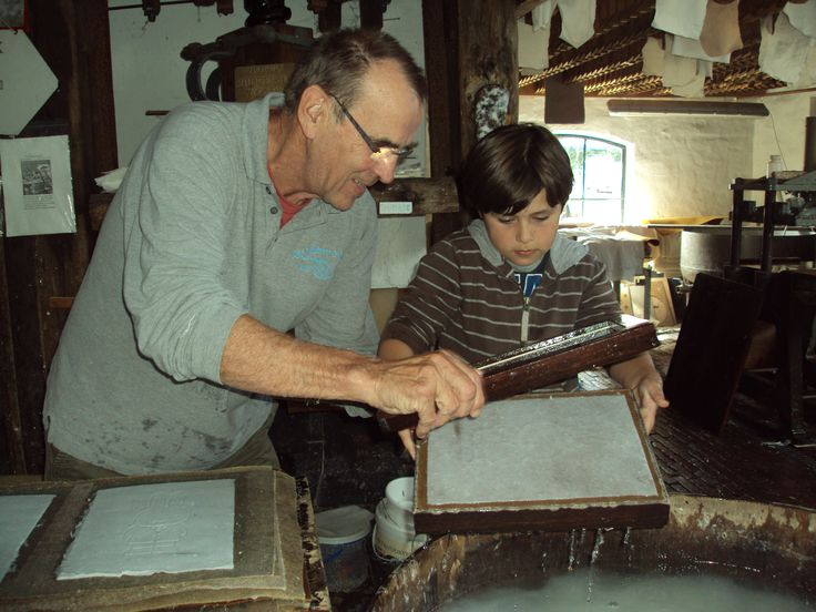 Making paper at the water mill in Loenen.