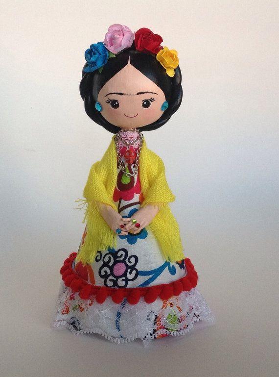 Niña Fridita. Clay and paper handmade doll. par LaCasaRoja sur Etsy