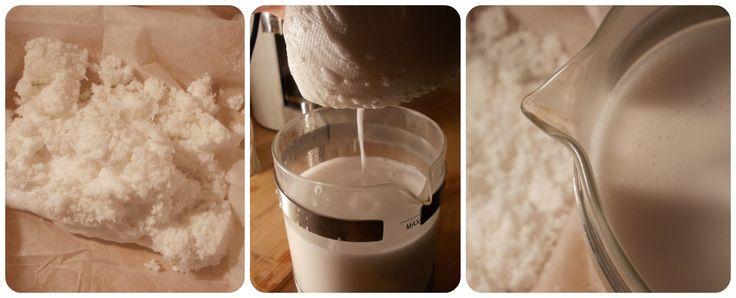 A nedves kókuszhúst géz anyag segítségével csöpögtessük le teljesen!