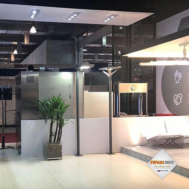 A Ramalhos (empresa fabricante de fornos do Grupo Soneres) está na FIPAN 2017 e a Soneres aproveitou para dar a conhecer ao setor os seus produtos de iluminação. Visite-nos no Pavilhão Verde - Rua 3 Estandes B3/A2 - Expo Center Norte. #soneres #ramalhos #fipan #fipan2017 #iluminacao #iluminacaourbana #luminarias #luminaria #luz #light #lightdesign #arquitetura #arquiteturaeurbanismo #arquiteturaurbanismo #arquiteto #led #luzled #iluminacaoled
