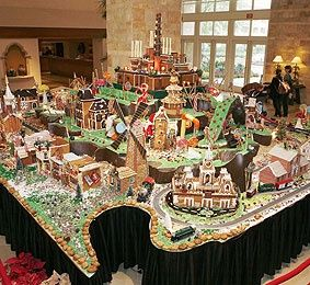 17 Best Images About Christmas Gingerbread House On