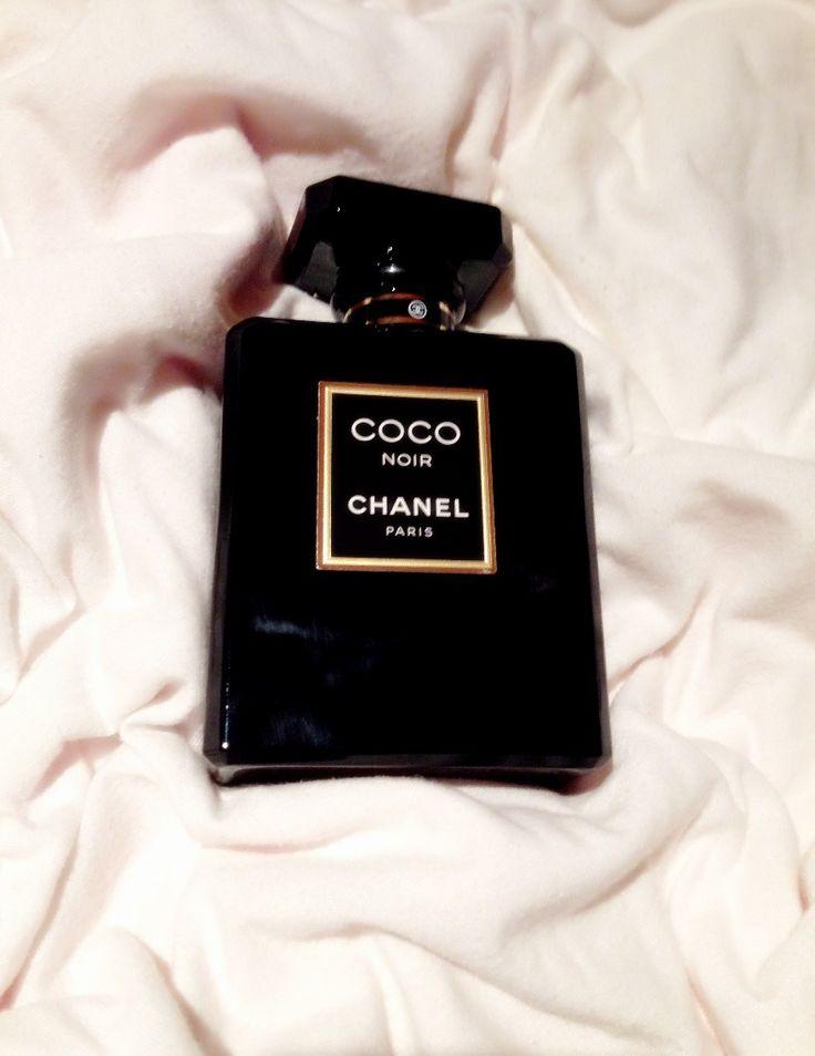 115 besten parfum bilder auf pinterest parf m duft und f r frauen. Black Bedroom Furniture Sets. Home Design Ideas