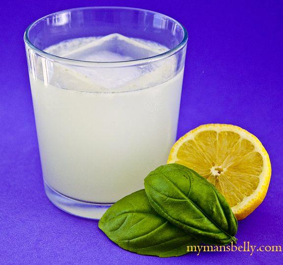 Summer Cocktail Recipes: The Basil Gin Smash -