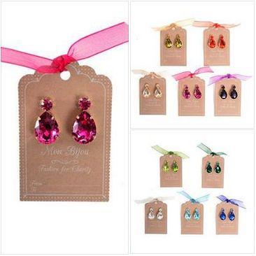 Tutti i colori dei Mon Bijou - Fashion for Charity, prodotti dalla collaborazione tra Grade e Diffusione Tessile GRADE Onlus e Diffusione Tessile, ancora insieme per sostenere l'eccellenza sanitaria. http://www.grade.it/diffusione-tessile-la-solidarieta-brilla-con-mon-bijou/