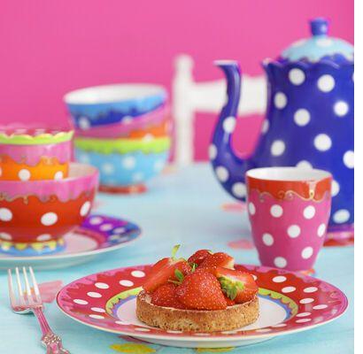 polka dot tea set