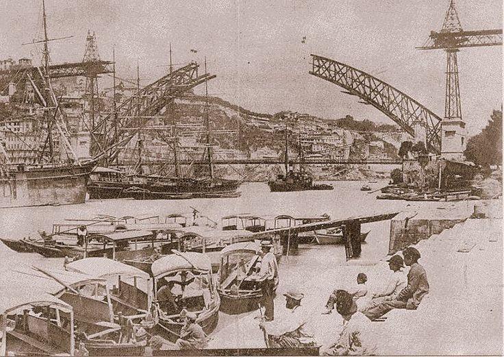 Old Porto, Construction of Luis I Bridge #Porto #Portugal