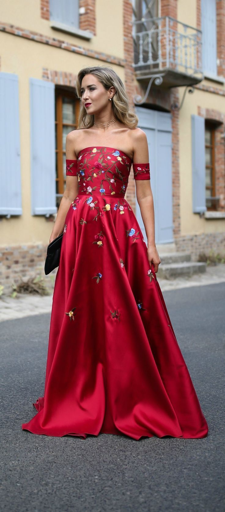 Red embroidered floral gown, gold choker necklace {