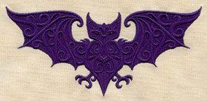 Centro de mesa barroco Bat bordados toalla por EmbroideryEverywhere, $15.99