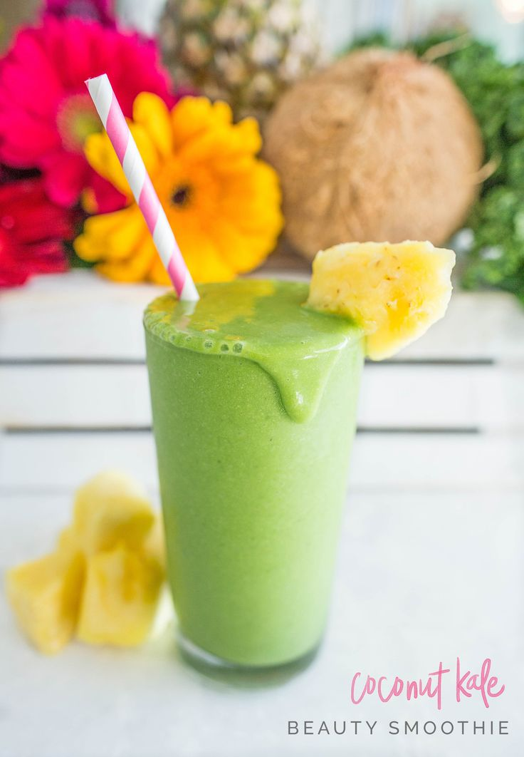 Coconut Kale Beauty Smoothie! This healthy smoothie recipe has a ton of benefits and tastes delcious