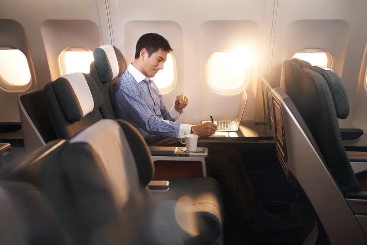 Cathay Pacific menghadirkan Regional Business Class (RBC) yang tersedia di rute regional atau jarak pendek. Kursi kini lebih lebar dengan meja yang bisa dilipat menjadi dua demi memaksimalkan ruang gerak.
