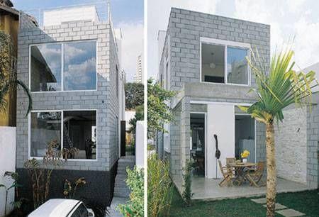 Pronta em um ano, esta casa de 196 m2, em São Paulo, não tirou proveito só da agilidade da alvenaria estrutural. A arquitetura reta, com grandes painéis de vidro, se beneficia da textura do concret…